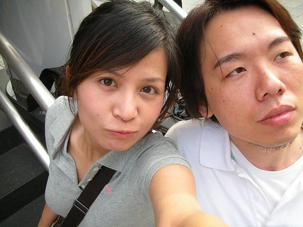 我跟王俊欽