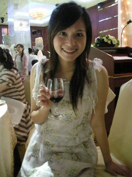 我一直在喝紅酒