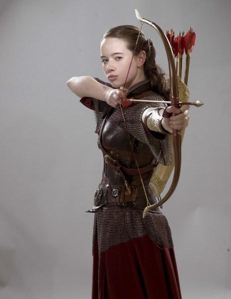 女性造箭者.jpg