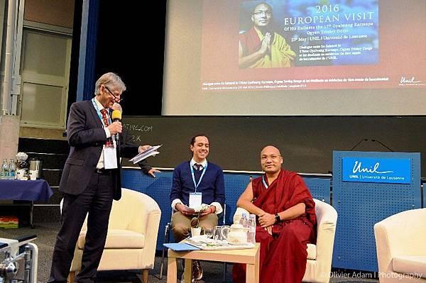 法王噶瑪巴與瑞士洛桑大學醫學院學生對話08.jpg