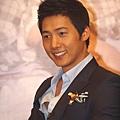 2010-05-18 尚禹來台 - 記者會高解析照片全紀錄 (37).jpg