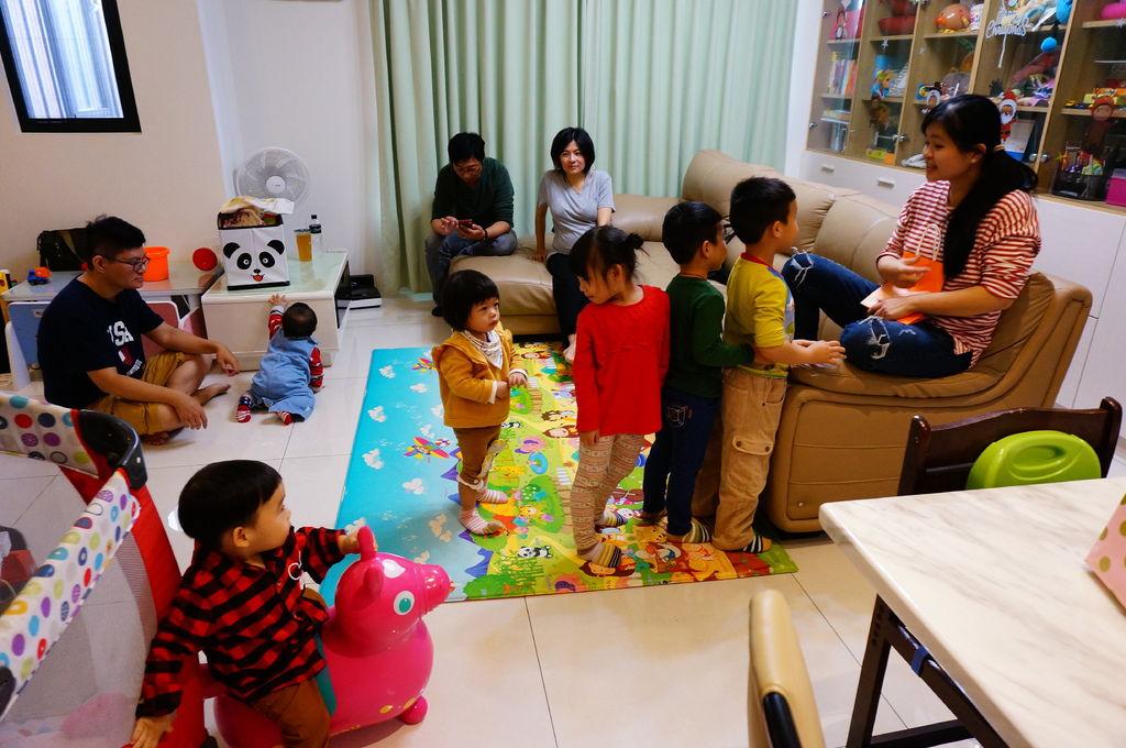 第二屆小孩交換禮物聚會 (31).JPG