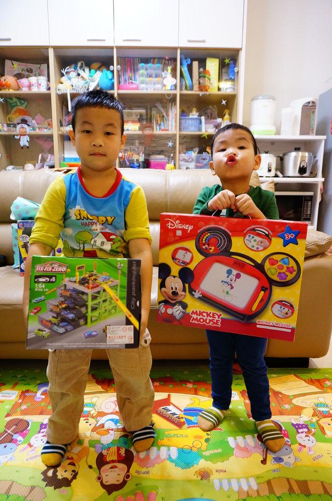 第二屆小孩交換禮物聚會 (62).JPG