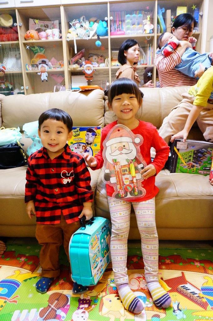 第二屆小孩交換禮物聚會 (78).JPG