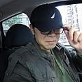 """20111231-那陣子媽咪迷上韓劇""""城市獵人""""...爸比立即變身成為主角(豬腳)...哈哈"""