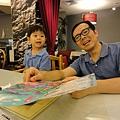 2012.07.14-來到新店家樂福內的skylark....發覺裡頭兒童餐的選擇還真不少,不愧在日本是以家庭餐廳著稱