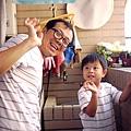2012.07.21-今天由爸比負責洗衣服....如何是不是標準的好爸爸啊?!