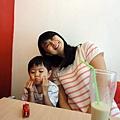 2012.07.21-再次跟媽咪(這次有邀請爸比)一起去吃那家新開的鬆餅屋...