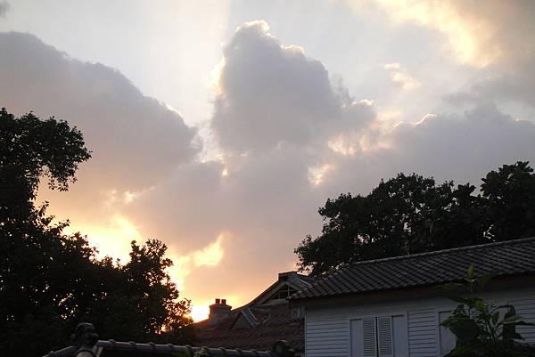 屋頂的天空