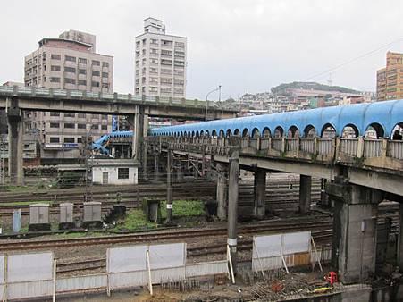 15.22 陸橋 03.JPG