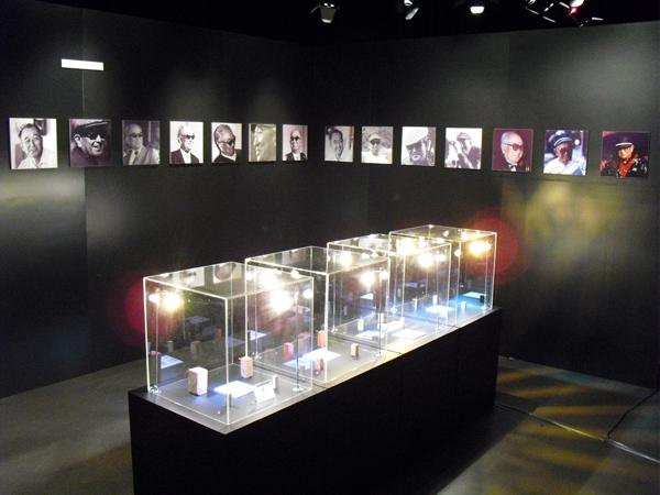 2009.12.19 AK100展覽 003.JPG