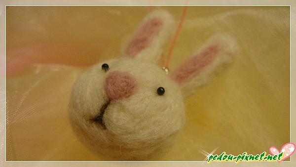羊毛氈小兔子吊飾