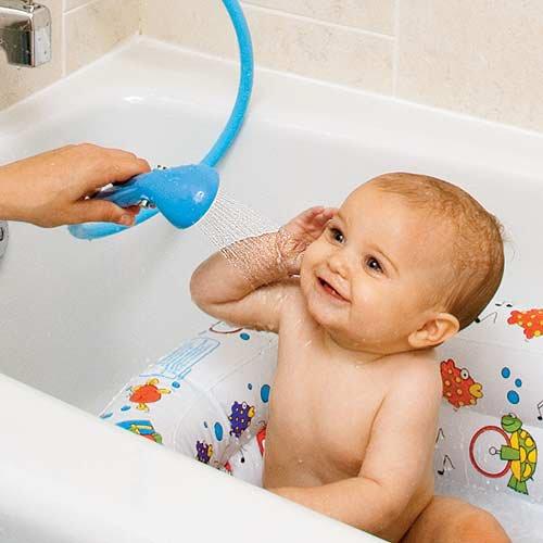 小孩淋浴.jpg