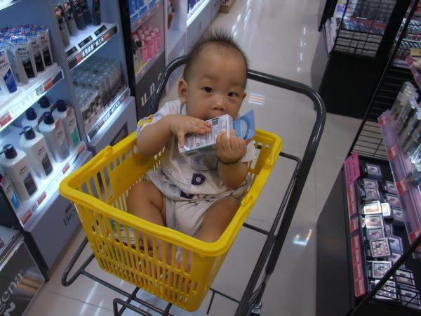 最新款嬰兒推車(7m3d)