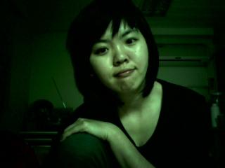綠光系列。自以為是美女