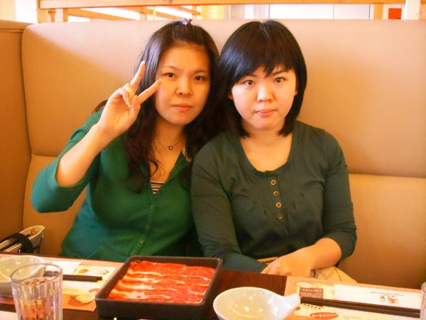我妹&me(姊姊看起來還是比較年輕)