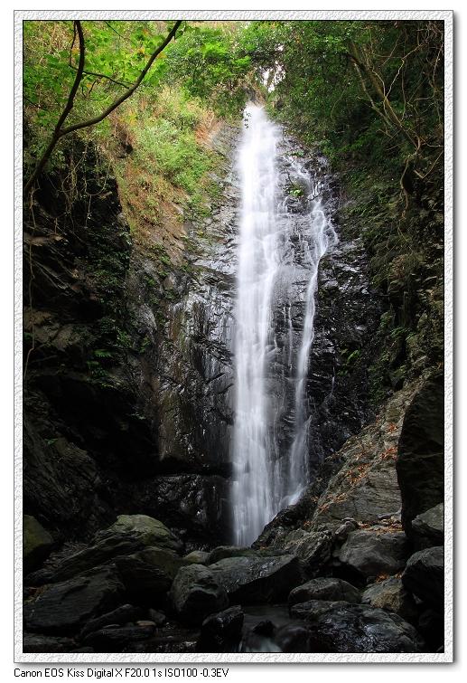 美麗的大津瀑布.jpg