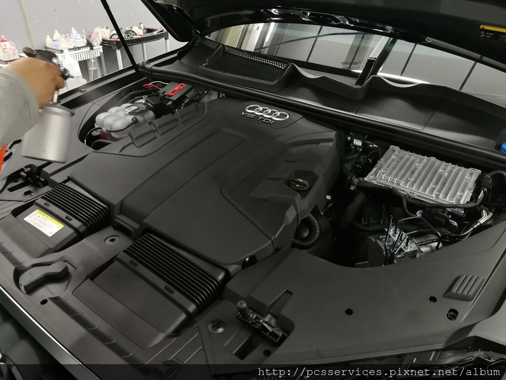 引擎室鍍膜.jpg