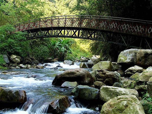 九寮溪流水橋2.JPG