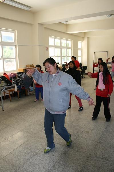 泰雅舞蹈教學 026.jpg