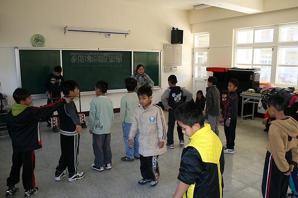 泰雅舞蹈教學 009.jpg
