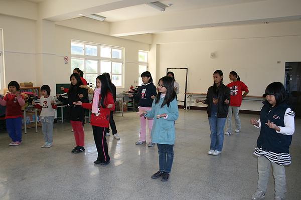 泰雅舞蹈教學 013.jpg