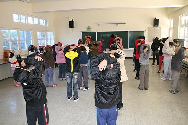泰雅舞蹈教學 001.jpg