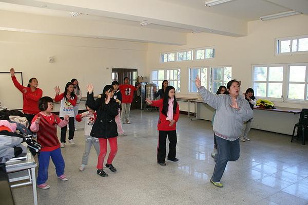 泰雅舞蹈教學 023.jpg