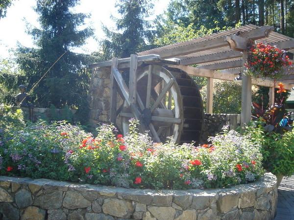 花園中的小涼亭