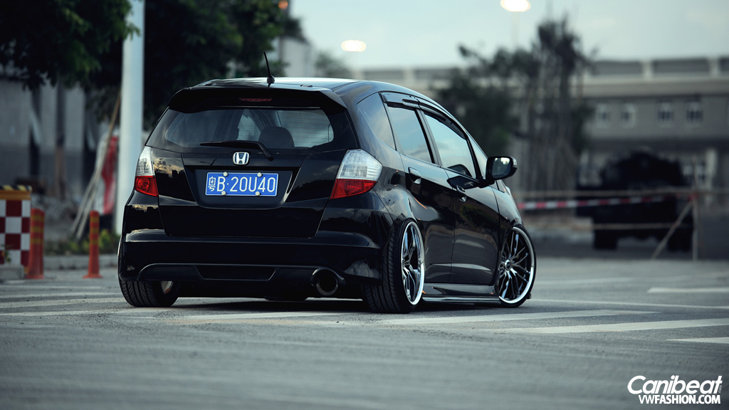 hellaflush_bagged_Honda_Fit3.jpg