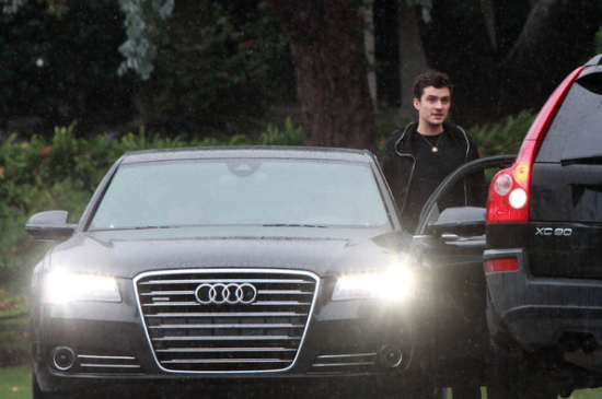 orlando-bloom-audi-a8-550x365.png