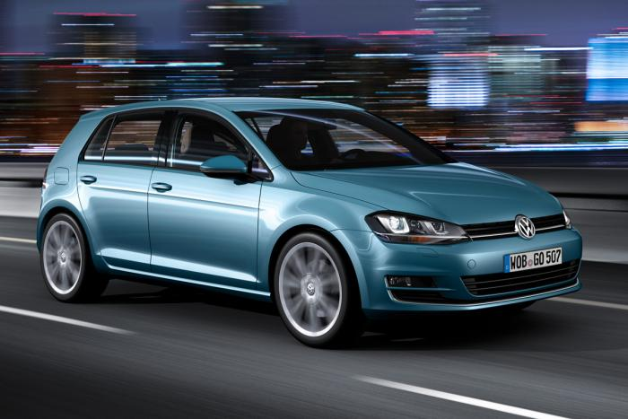 vw-golf-mk7-front-a_action-blue