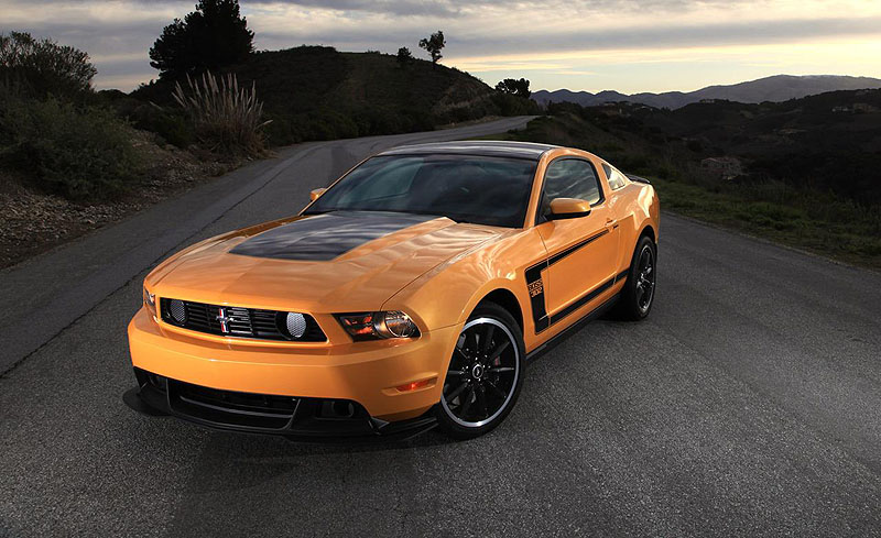 2012-ford-mustang-boss-302-photo-387561-s-1280x782