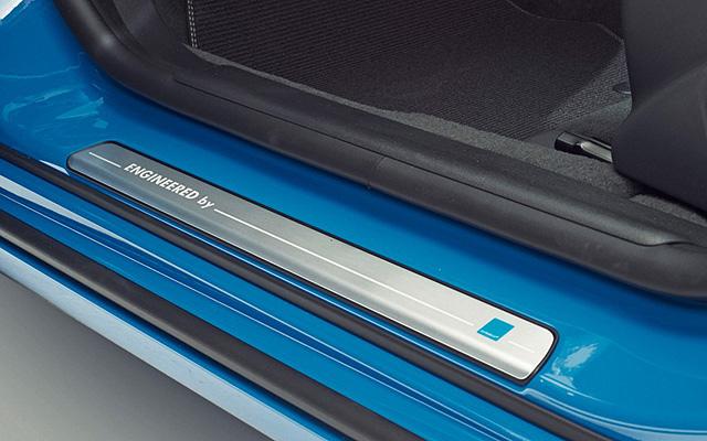 Volvo-S60-Polestar-sill-plate-1024x640