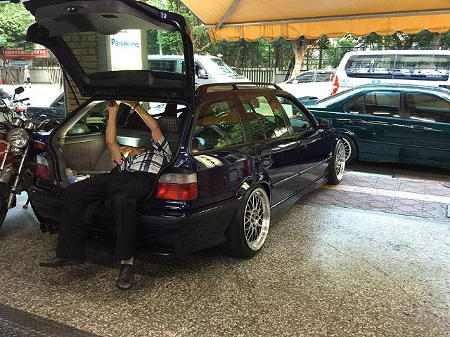 rear speaker