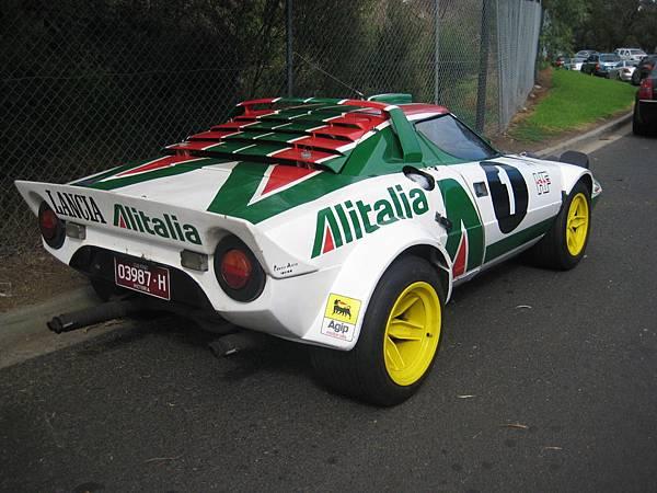 photo_176_lancia_stratos_rally_car_in_the_street_3_71473_original