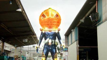 Kamen-Rider-Gaim-1