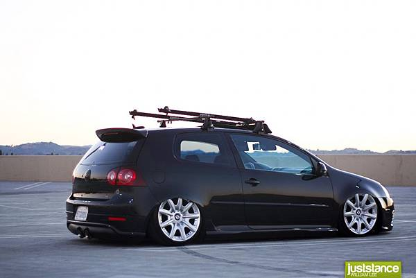 stanced-vw-on-bentley-wheels-1198