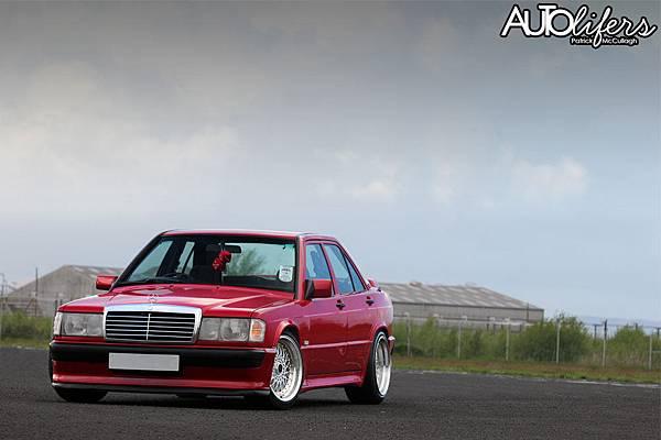 Mercedes-190-Tuning-W201-10