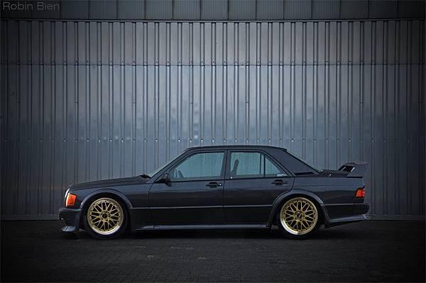 Mercedes-W201-Tuning-1
