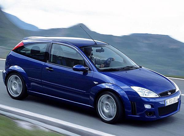 28.Ford_Focus_RS_mk1