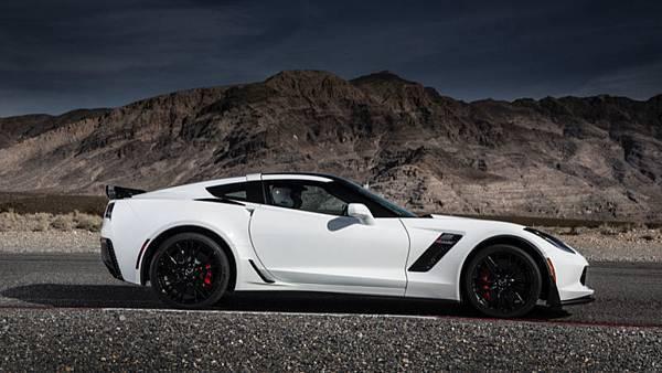 15.Corvette Z06