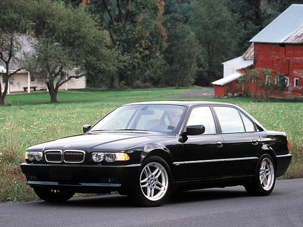 22.BMW-7_series_E38_mp2_pic_10105
