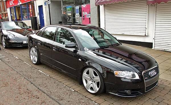 Audi_A4_on_Bentley_Wheels