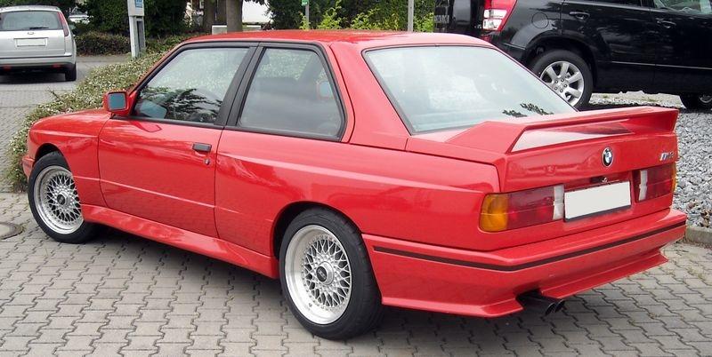 BMW_M3_E30_rear_