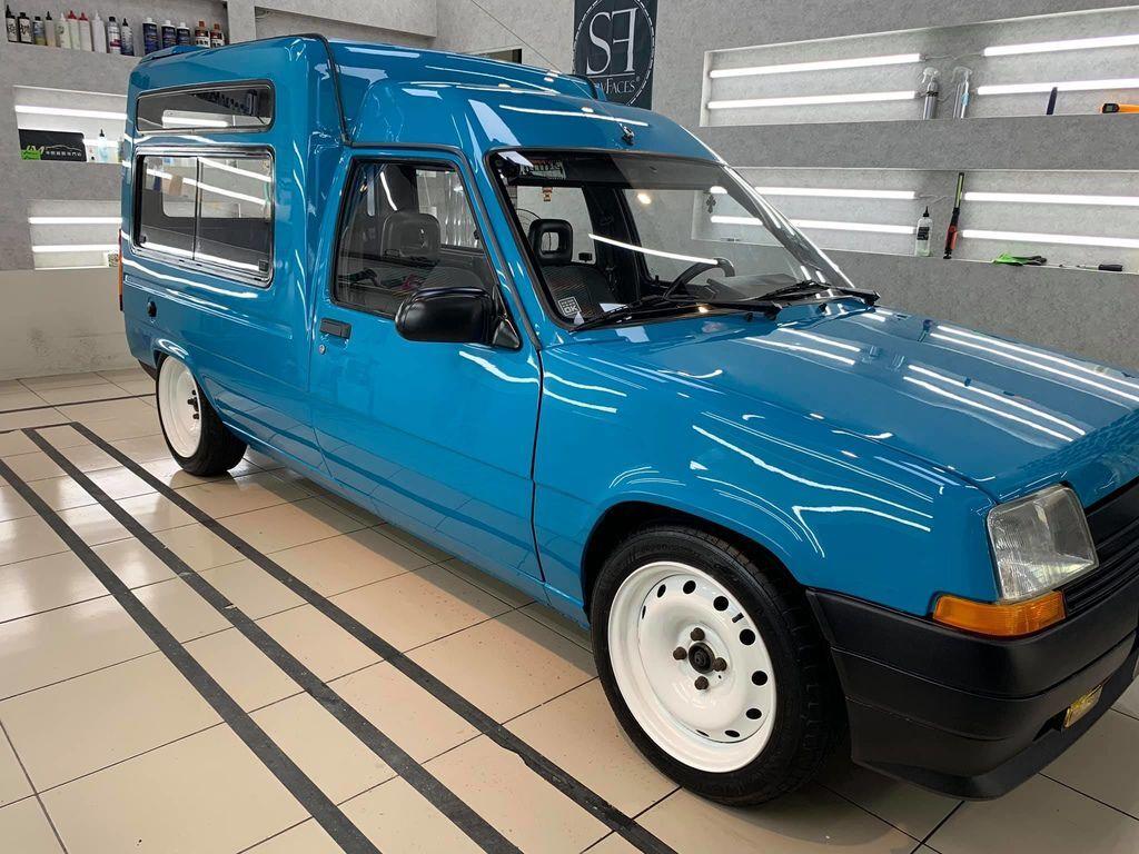 Renault express1