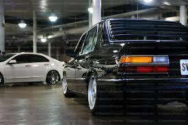 rear louver BMW E28