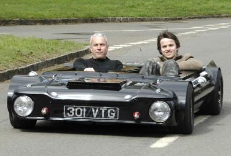 flatmobile_1_Contest_Funniest_Vehicle-s450x305-12662-580.jpg