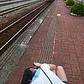 我在拍往台東的火車。