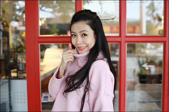 粉紅毛衣 (2).jpg